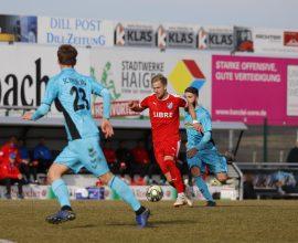 Sascha Marquet im Spiel des TSV Steinbach Haiger gegen die SC Freiburg U23