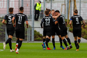 Jubel TSV Steinbach Haiger Björn Franz Mainz 05