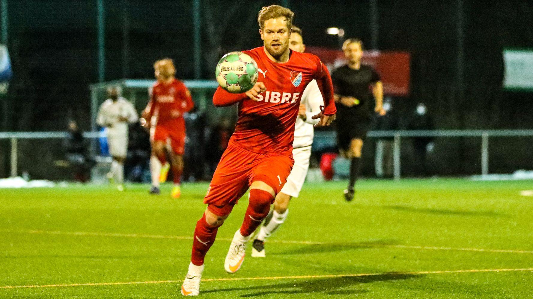 Sascha Marquet fokussiert den Ball