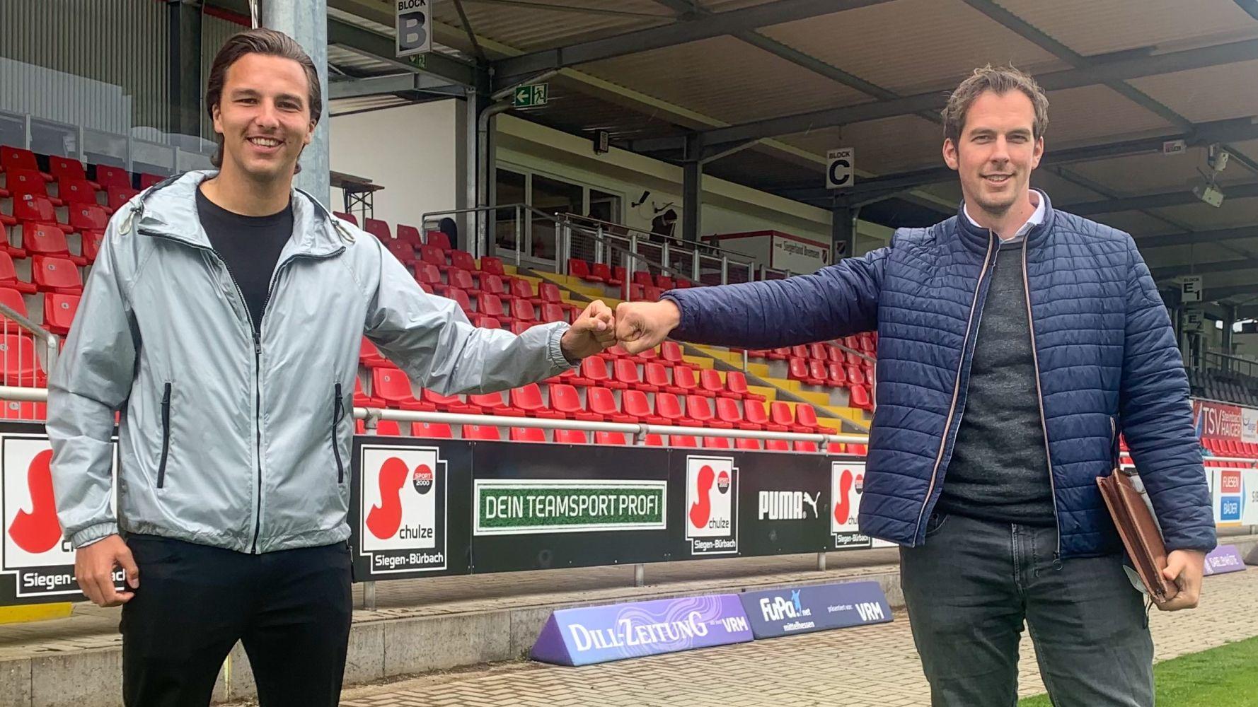 Nino Miotke Neuzugang TSV Steinbach Haiger mit Matthias Georg Geschäftsführer TSV Steinbach Haiger #2