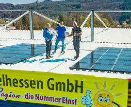 Auf dem Dach der Haupttribüne des TSV Steinbach Haiger